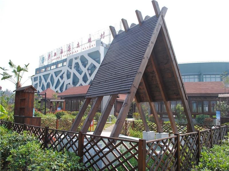南京东湖丽岛温泉会所主楼外观; 张; 南京东湖温泉度假.