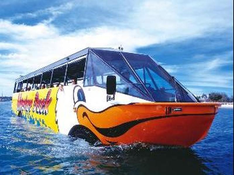 【青岛冒险鸭水陆观光巴士图片】青岛冒险鸭水陆观光
